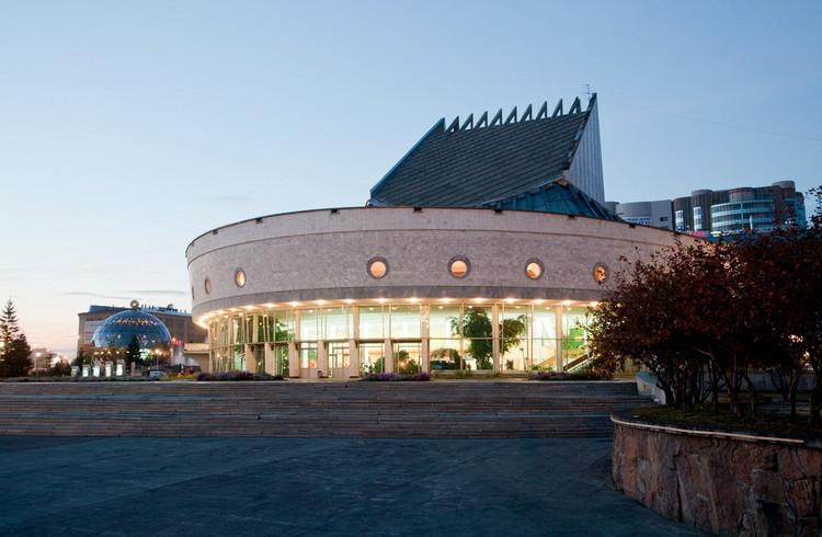 Здание Театра Глобус