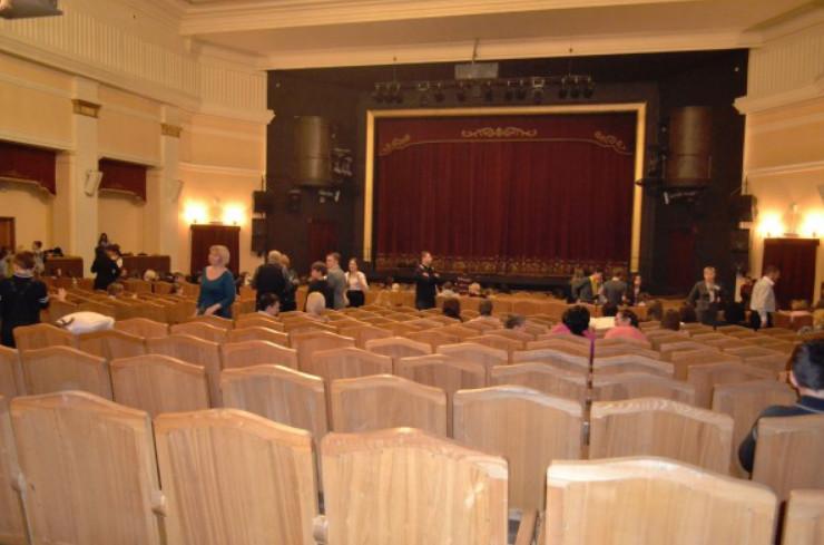 зал театр музыкальной комедии